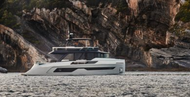 Explorer Motor Yachts 62 2022